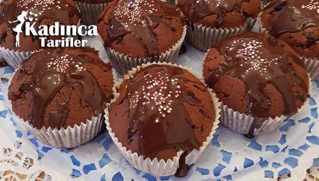 Çikolatalı Muffin Tarifi nasıl yapılır? Çikolatalı Muffin Tarifi'nin malzemeleri, resimli anlatımı ve yapılışı için tıklayın. Yazar: Tatlılar Gülcandan