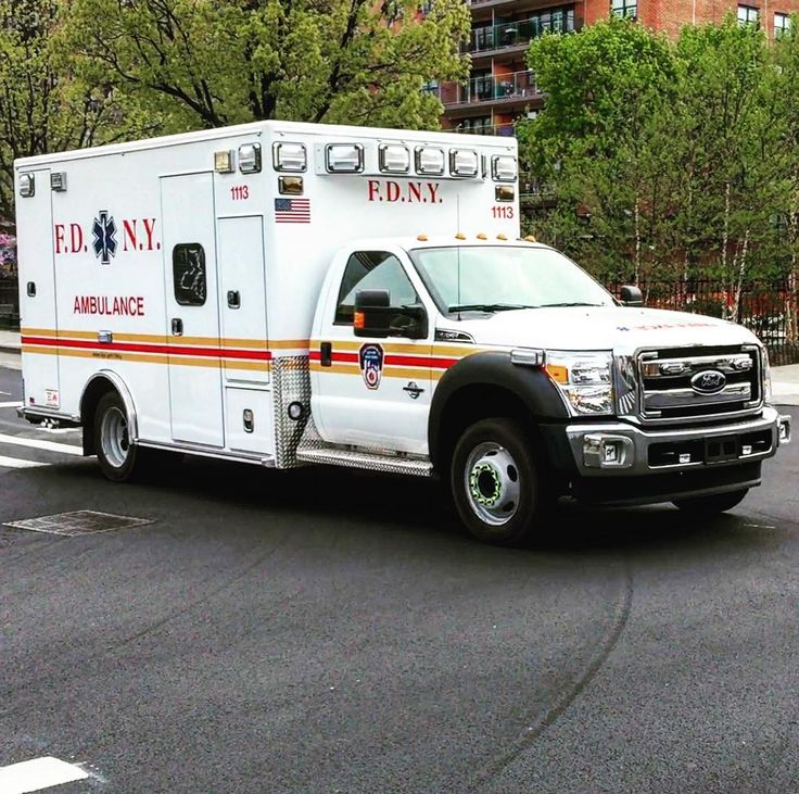 BRAND NEW FDNY AMBULANCES ACQUIRED BY THE FDNY TO DEAL WITH THE TRANS CARE AMBULANCE SERVICE BANKRUPTCY DEBACLE..... @ace_kus @itsadominicanthing @secondalarmproductions @brentwood_ave by themajestirium1
