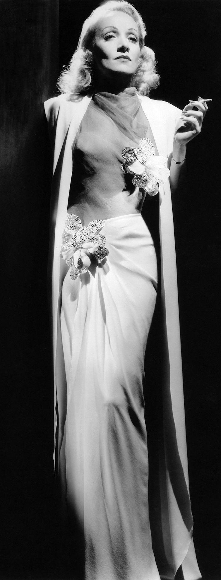 Marlene Dietrich, in Irene Lentz, 1941, Herzen in Flammen. Photo by Scotty Welbourne