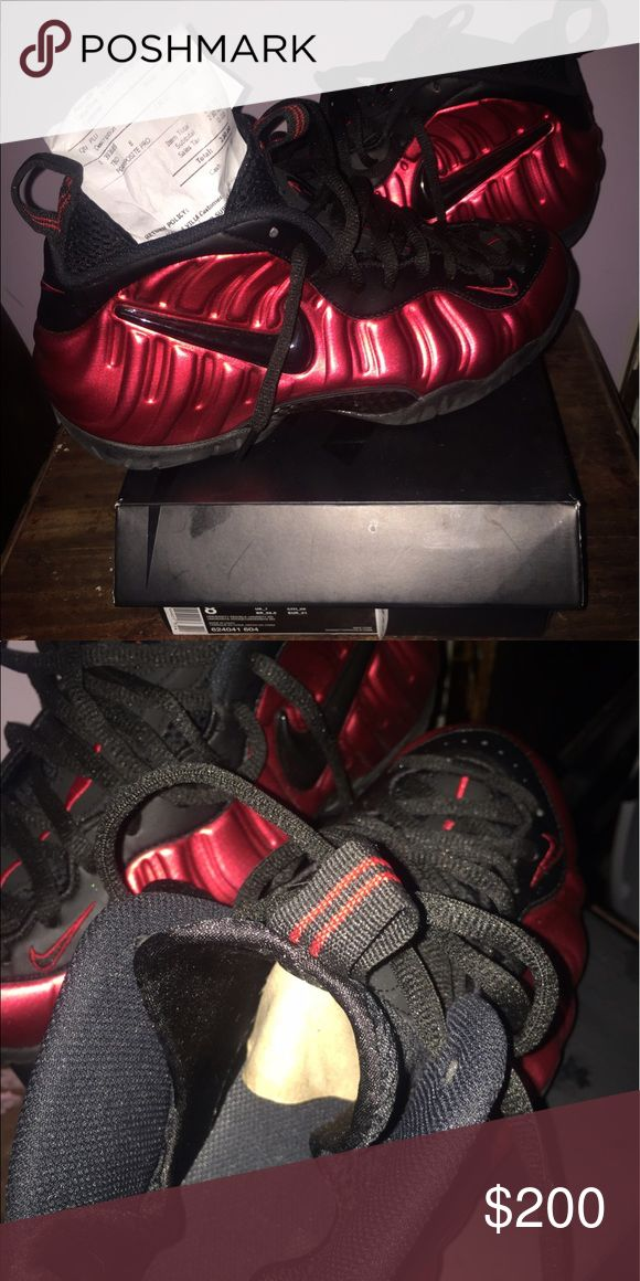 University red foamposite Like new only worn a few times Nike Shoes Athletic Shoes