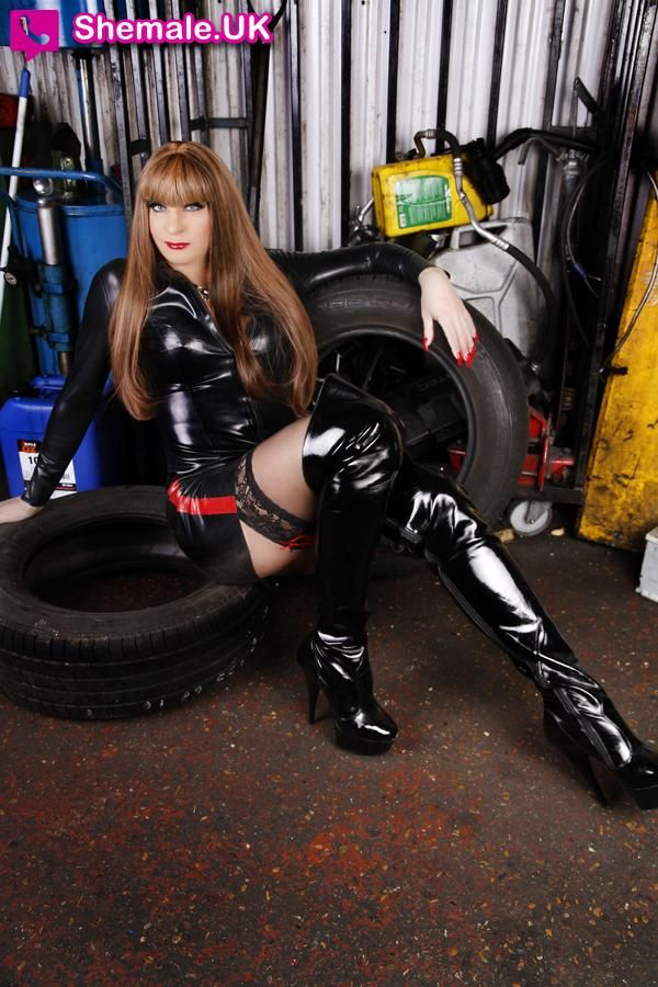 Mistress Suzana A Sexy And Very Convincing Trans Girl Escort From London Shemale Uk Shemale Dating Uk In 2018 Mistress Tgirls Sexy