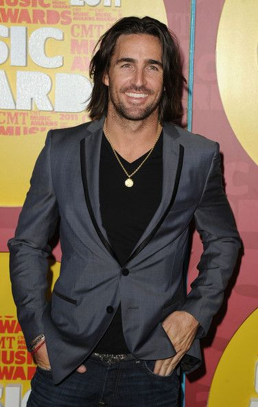 jake owen pictures | Jake Owen Musician Jake Owen attends the 2011 CMT Music Awards at the ...