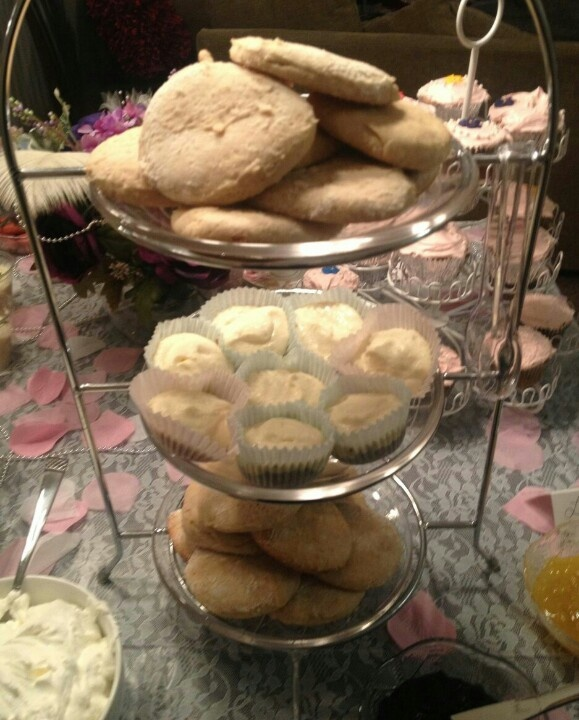 Scones with clotted cream and cheesecake bites for Downton Abbey party ...