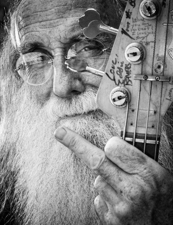 Bass player Leland Sklar - by Robert Bruns