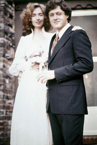 Hillary e Bill Clinton casaram-se em 11 de outubro de 1975 em Fayetteville no Estado do Arkansas . Após o casamento a noiva passou a...