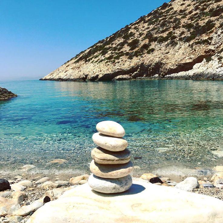 Vathi Limenari beach, Donoussa #donoussa #cycladesislands #cyclades_islands #greece #instagreece #beach #travelphotography #globetrotter #greekislands