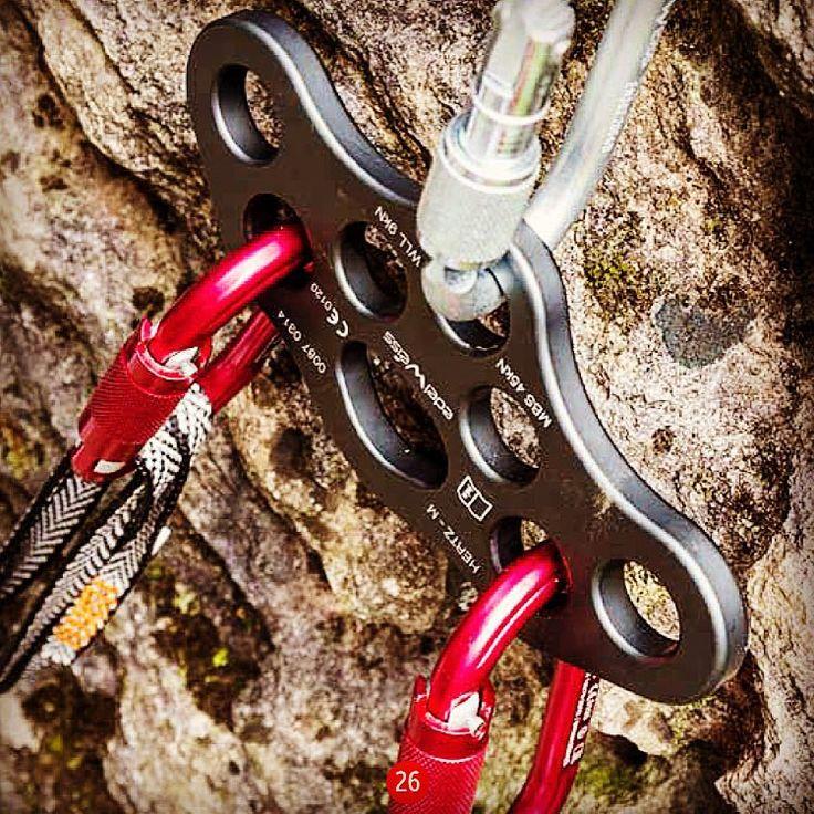 Hertz M rigging plate! #EdelweissNorge #edelweissropes #hertzm #riggingplate #sikring #klatring #fjellklatring #climbing #rockclimbing #rigging #industri