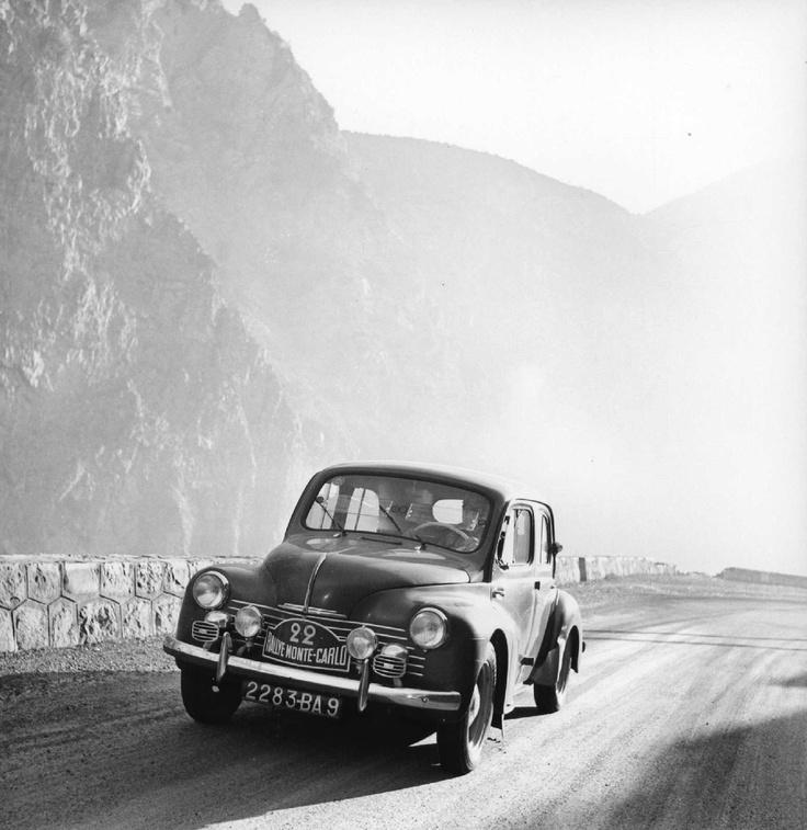 Renault 4CV Monte-Carlo.