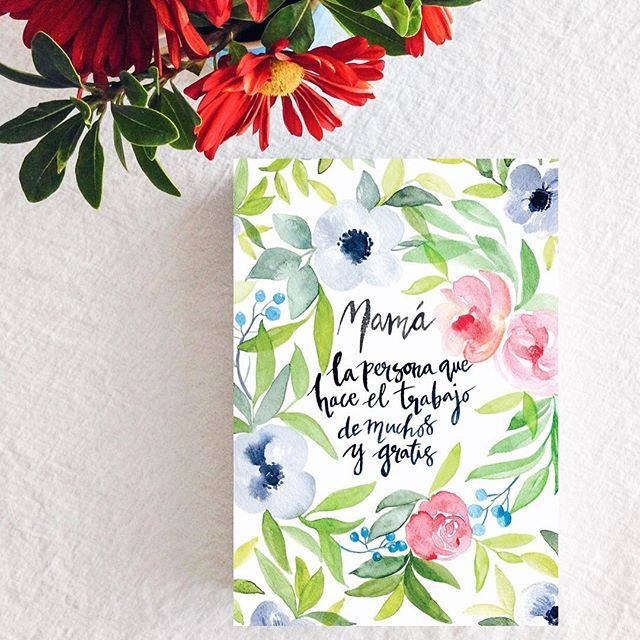 Quedan poquitos días para celebrar a las mamás. Aún tenemos tarjetas disponibles para expresarles todo el cariño que tenemos por ellas.