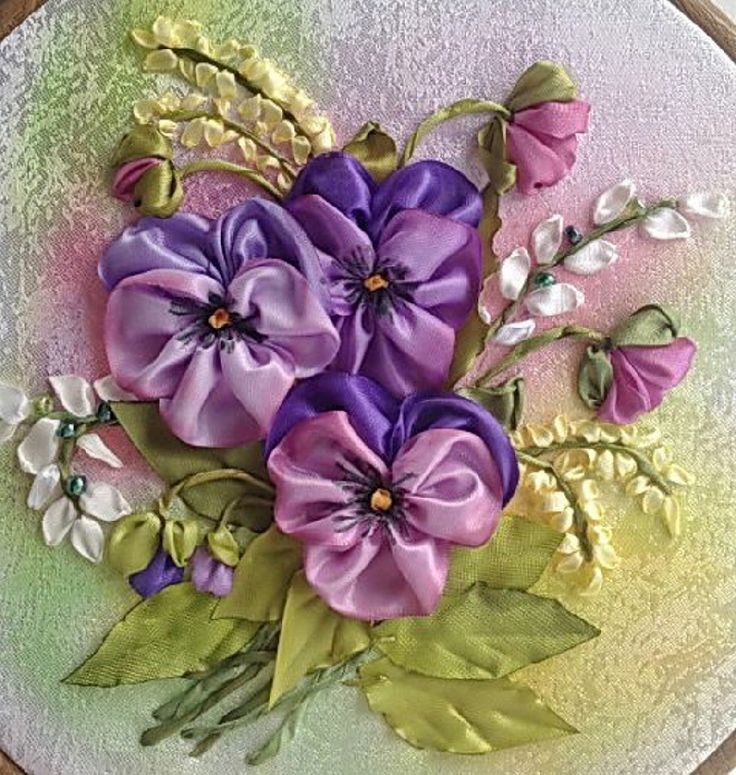 I ❤ ribbon embroidery pansies . . . couldn't find a source on these beauties.