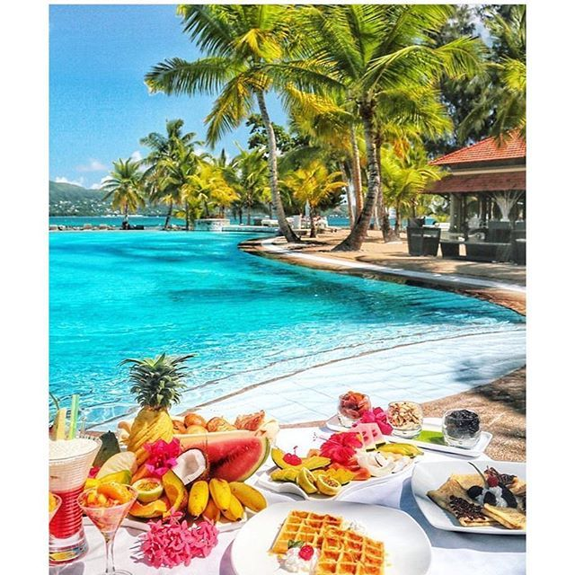 Good Morniiing!! Breakfast in paradise 😋 @travellersplanet #FCtravels