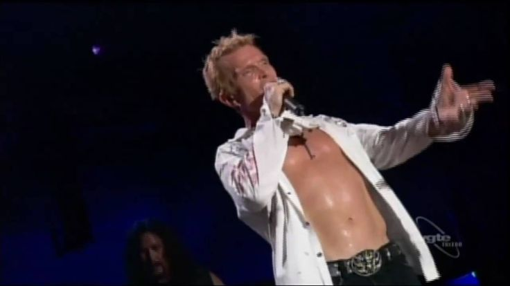 Billy Idol - Eyes Without A Face (live)   love this version !!!!