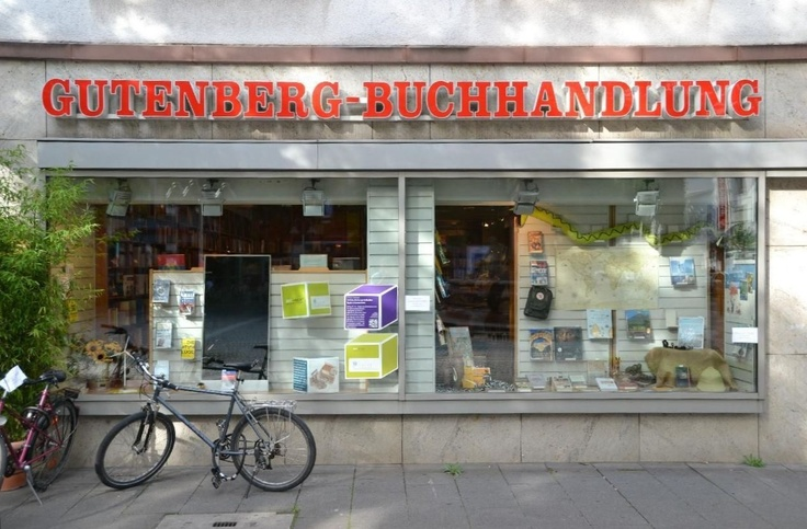 SHOPPING. Gutenberg Buchhandlung. Bookshop with English novels and Lonely Planet titles.