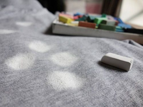 #4 Grease stains are one of the trickiest things to get rid of, but there is indeed a quick fix to the issue. Just simply cover the grease stains with white chalk. Allow it to stand for a few minutes. After that, wipe away the chalk marks using damp cloth.