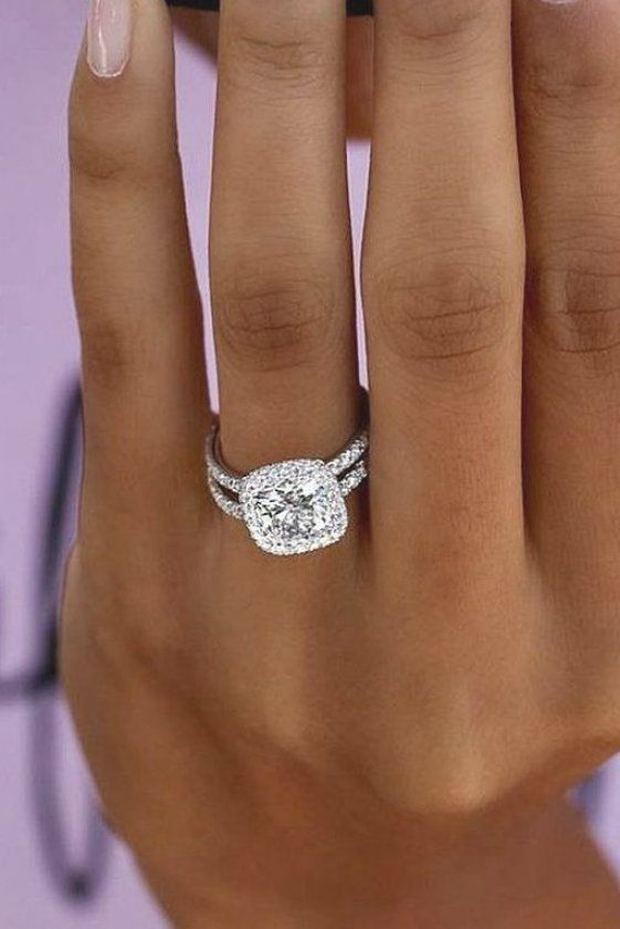 The First Thing That You Ought To Do On Your Wedding Night So That You Can Appreciate It And Make I In 2020 Large Engagement Rings Wedding Rings Engagement Engagement