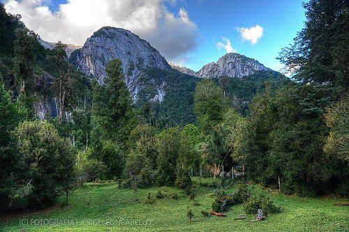 Capicua y Cia. - Valle de Cochamo (Patagonia - Chile)