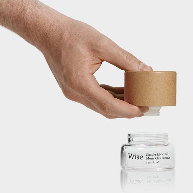 Our minimalist packaging can be used as is, or as a refill for the glass containers. #innovation | Nos emballages minimalistes peuvent être utilisés seuls ou comme recharges pour les contenants en verre. 🤓💡