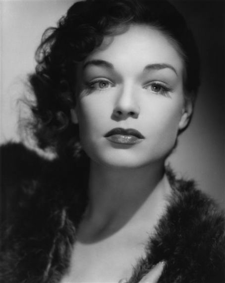 Simone Signoret ~ 1921-1985 (French actress, married to Yves Montand 1951-1985)