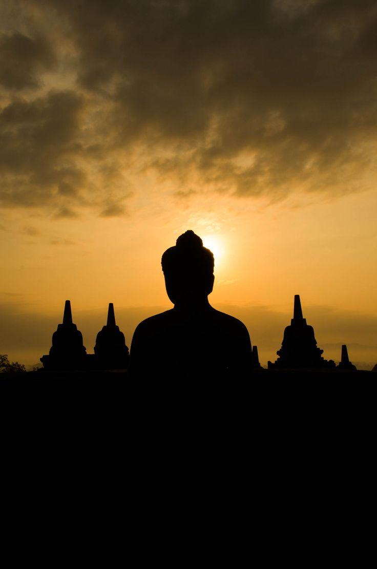 Sunrise Borobudur by Ryan  Tan on 500px