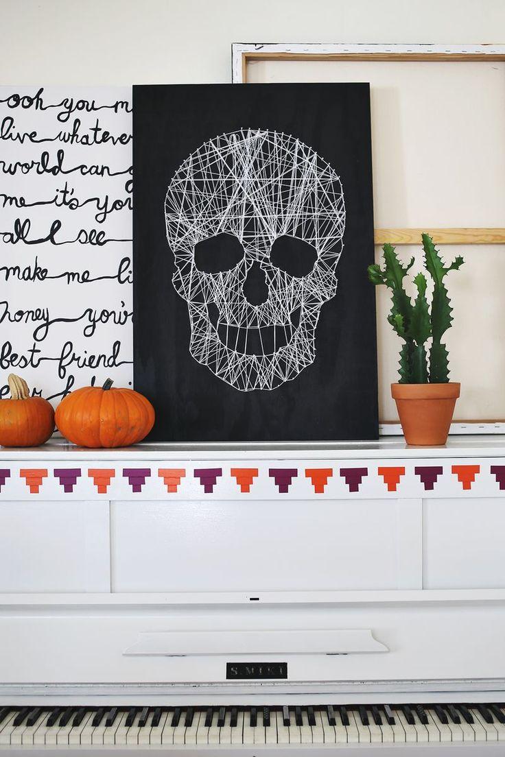 Love this DIY skull string art.Ideas, Halloween Decor, Skull String, Beautiful Mess, Diy Skull, String Art, Stringart, Halloween Diy, Crafts