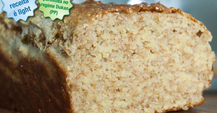Esse pão eu descobri fazendo meu famoso regime do Dr. Dukan. Eu já não aguentava mais comer só carnes e legumes, pão faz muita falta!  Ess...
