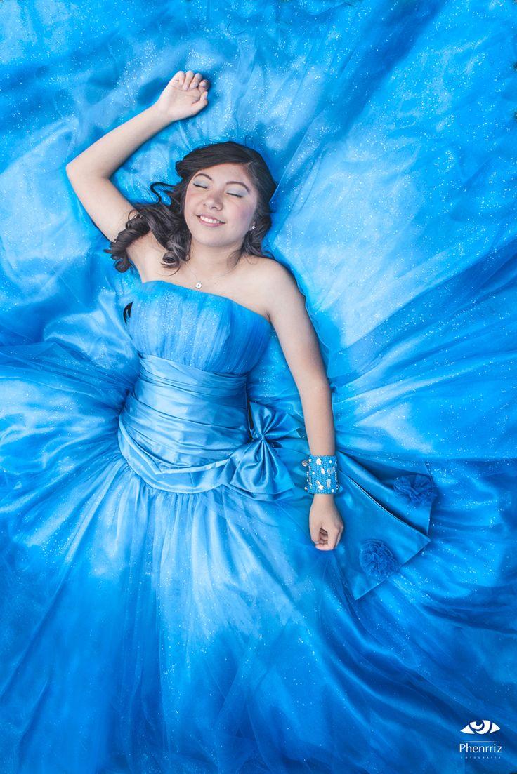 Karla en azul