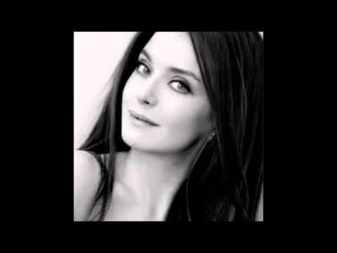 Aliye Mutlu- Kopar gider içimde aşk.. - YouTube