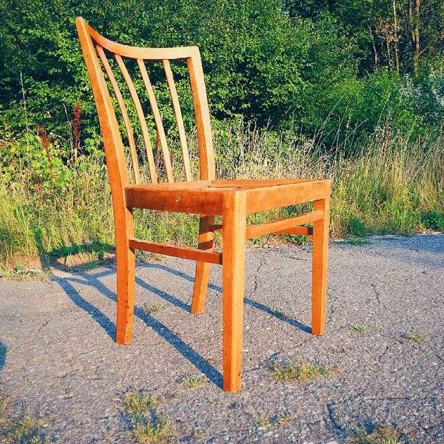 Next cool vintage chair Ładny szczebelkowiec , sztuka bez siedziska #vintage #interiors #industrial #design #loft #retro #vintageshop #sklepvintage #poznan #midcenturymodern #midcentury #vintagestyle #brutfurniture #junkstyledesign #chair #chairs #stuhl #krzesło #krzesła #wnętrza #vscocam #lata60te #60er #60s #60erjahre #70er #70s #lata70te