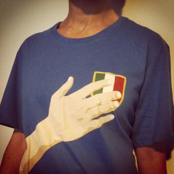 fake proudness...    #accorgitene #italia #tshirt