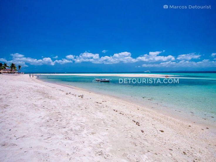 Sugar Beach, in Santa Fe, Bantayan Island, Cebu, Philippines. Photo by Marcos Detourist.