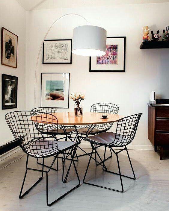 Conheça as principais características, vantagens e desvantagens das mesas redondas, quadradas e retangulares para fazer a melhor escolha na sua casa!