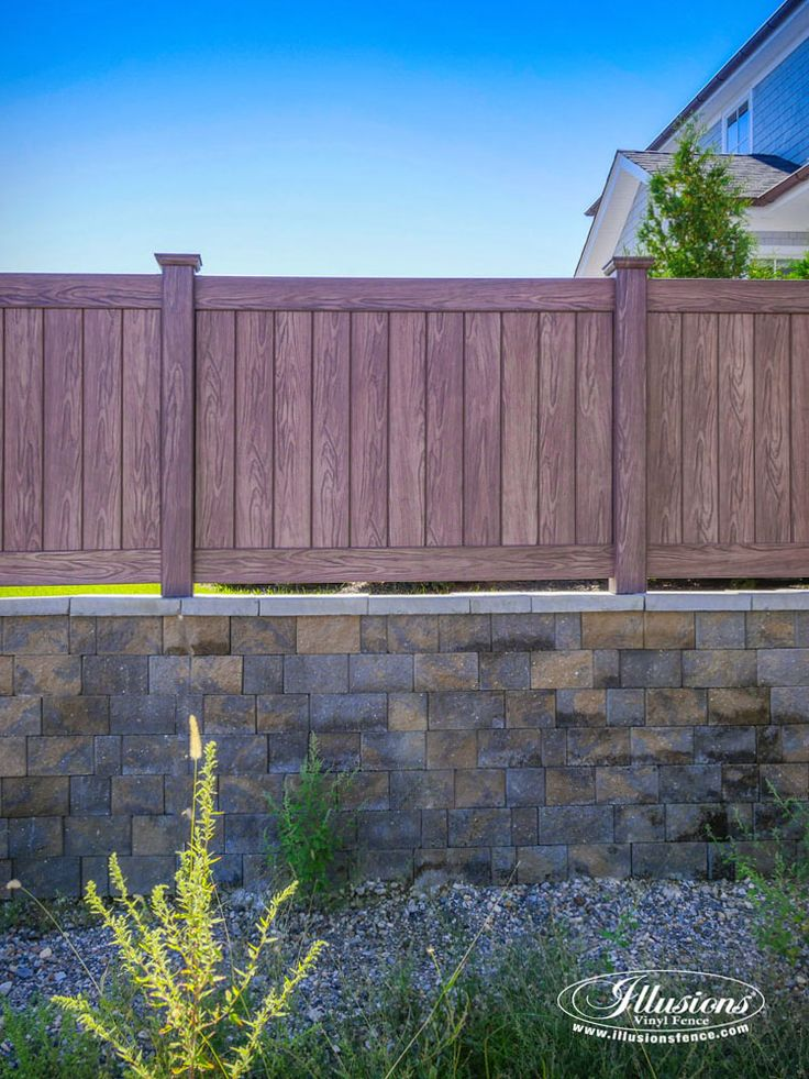 The 25 best vinyl fence panels ideas on pinterest vinyl for Green privacy fence ideas