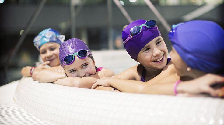 CASA DEL AGUA Termaria Talaso Kids: la nueva forma de ocio familiar, la mejor manera de disfrutar con los niños en un entorno diferente y sorprendente.Para niños entre 3 y 15 años, acompañados por adultos y en horario específico, Termaria ofrece la posibilidad de disfrutar de la piscina activa de Talaso, con agua de mar caliente. El niño disfrutará con los distintos accesorios propios de la piscina (seta, río remolino, sillones de hidromasaje, jacuzzis, chorros,...)