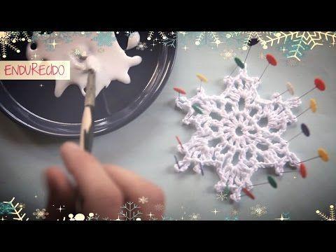 video tutorial en el que te enseo a hacer un copo de nieve de ganchillo endurecido