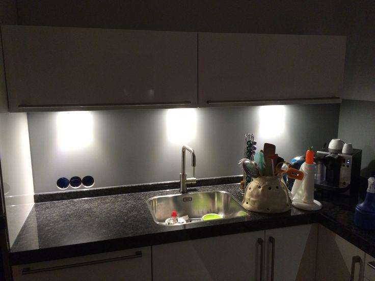 17+ images about Collorz! Aluminium keukenachterwanden in Ral ...