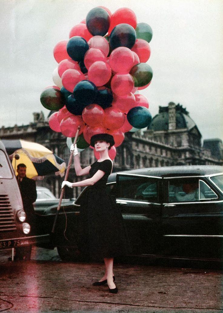 AUDREY+HEPBURN+no+set+de+CINDERELA+EM+PARIS+Funny+face+1956.jpg (864×1212)