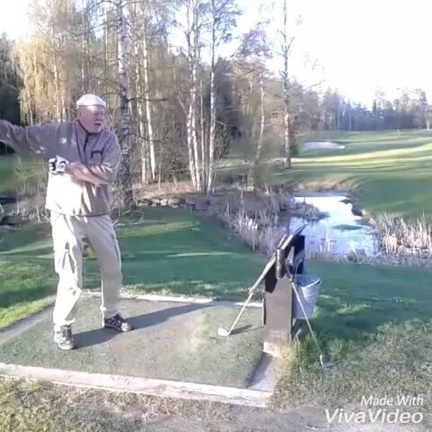 Old man swinging golf practice :-) #swinginggolfer #oldmangolfers #practice  #golfaddict #happy #happyday #happygolfer #rainyday #golfday #golfdance #nature  #smilegolf #smile  #norwegiangolfer #oldmangolfer #oldmantraining #lovegolf #golflover #justgolf #gooutside #outdoor #shortfilm #asiyaya #golfforlife #golflife #bestoftheday #bestoflarvik