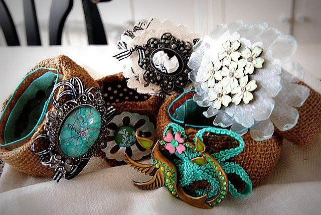Diy bangles w/ Tutorial: cover old bracelets with burlap, add brooches, ribbon, buttons, etc.