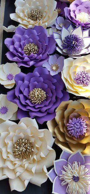 5ft por telón de fondo flor papel de 4 pies Este listado incluye: 11 extra grande - 20-22 pulgadas 4 grandes - 15 pulgadas 17 medio - 10 pulgadas RECEPCIÓN DE ÓRDENES DE ENCARGO!!!!!! Enviar solicitud de orden de encargo con preferencia de color y la fecha de su evento. Este listado se puede hacer en cualquier tamaño o colores. Cada flor está diseñado individualmente y por encargo. Cada flor puede variar ligeramente en el diseño ya es por encargo. Nuestras flores de papel también se pued...