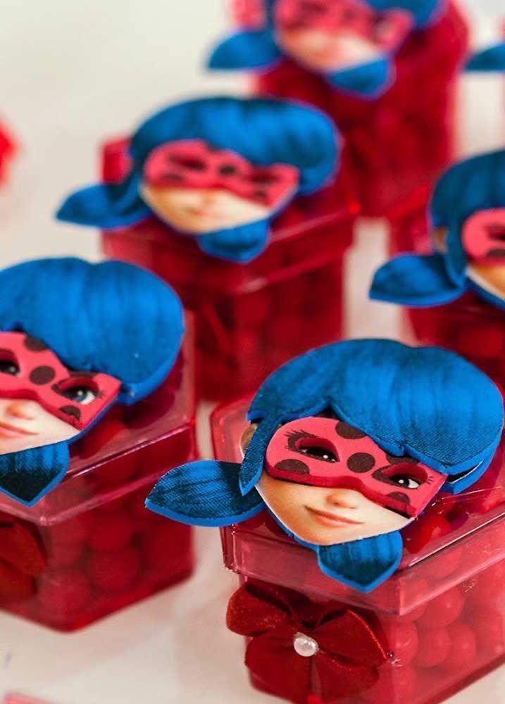A Carinha Da Ladybug Para Enfeitar As Caixinhas De Guloseimas Com
