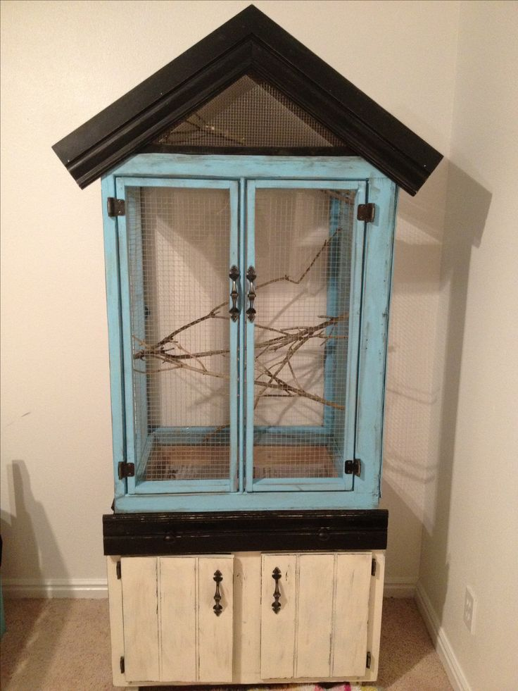 This was one of the first woodworking projects Morgan and I have done together! We made a luxury bird cage for her cockatiel Cameron. This was inspired by a bird cage I saw at Anthropologie store for $2400! Ours was only $50!