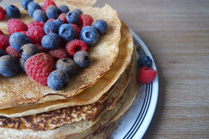 Denk jij dat je in een gezonde leefstijl geen pannenkoeken meer kunt eten? ONZIN! Deze skinny speltpannenkoeken passen in een bewust voedingspatroon.