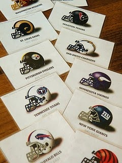 NFL memory matching game http://alcoholicshare.org/