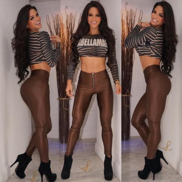 Nacida en Venezuela y residente en Miami, Lewin tiene 28 años de edad. Su gran bautizo llegó de la mano de Playboy, pero ella ha aprovechado el trampolín para aparecer en diversas publicaciones.