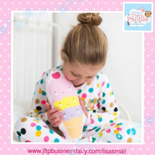 Cute ice cream cushion. Perfect for tiny people. Look at the cute little faces!