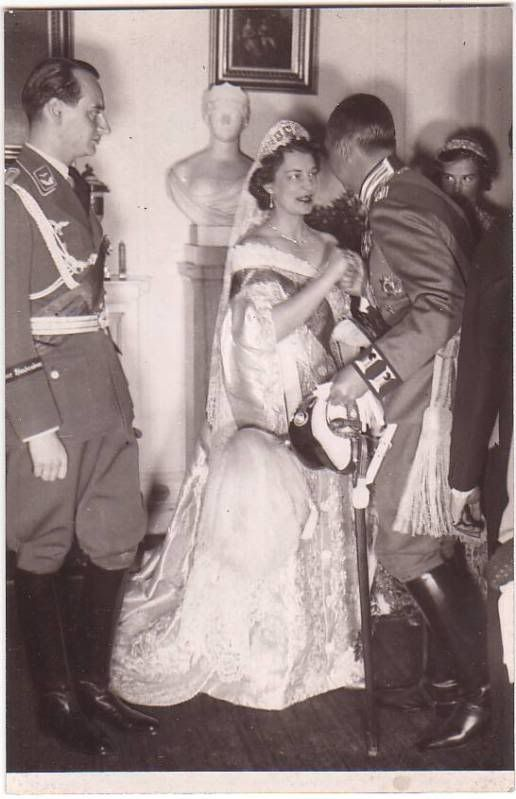 1000 Images About Ducky Hrh Princess Victoria Melita On border=