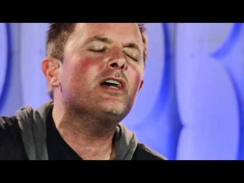 "You'll Love this Performance by Chris Tomlin - "" Jesus, Son Of God "" - Live - Must Watch Video"