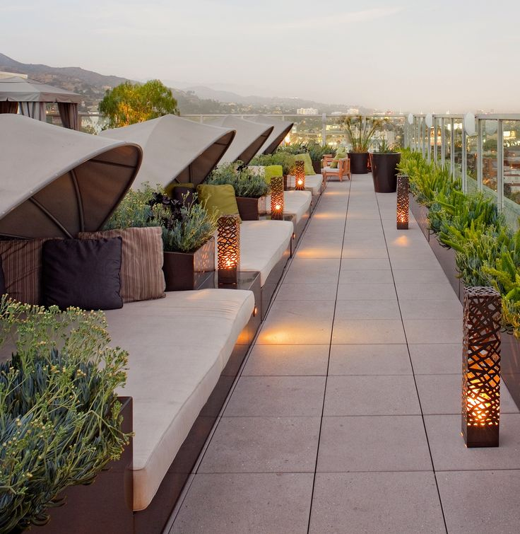 Roof top terrace at @andazweho.