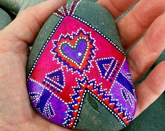 tribu turquesa / pintado rocas / pintado por LoveFromCapeCod