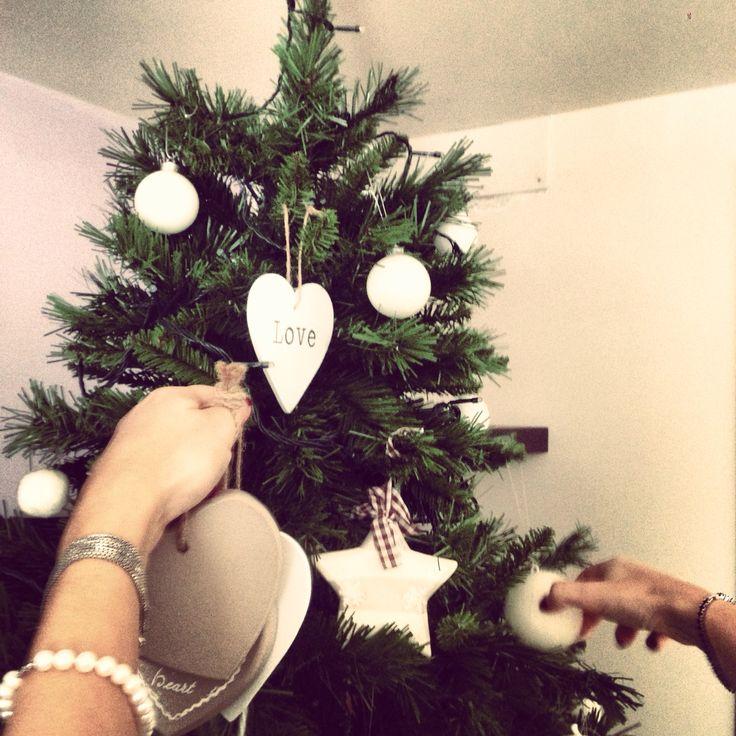 Incoming Christmas Tree